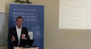Sebastian Krebs im Vortrag zur DSGVO-Lösung